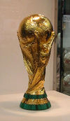 260pxfifa_world_cup_trophy_2002_010